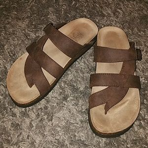 Shoes - Awesome brown sandals